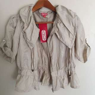 BNWT Lightweight Cream Jacket