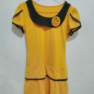 Dress Kuning Cantik