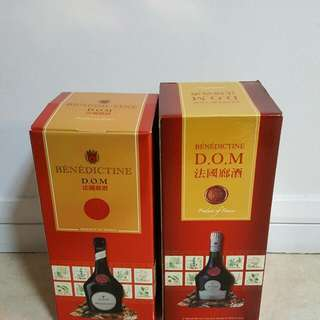 DOM 2 Bottles