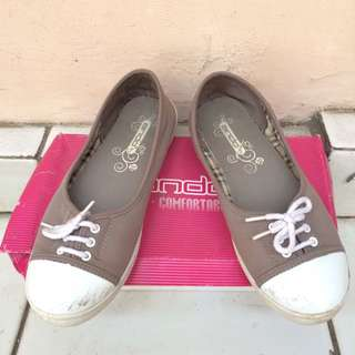 Ando Flat Shoes