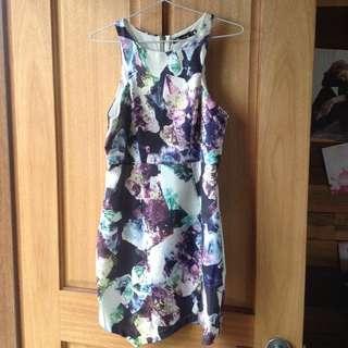 Paradisco Dress With Geometric Edge