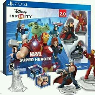 Disney infinity 2.0 for PS4 + 2 packs Play n store