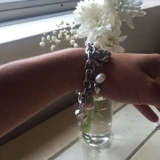 BRAND NEW Authentic Pearl Charm Bracelet