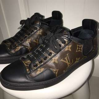 Louis Vuitton Mens Sneakers Sz 5.5