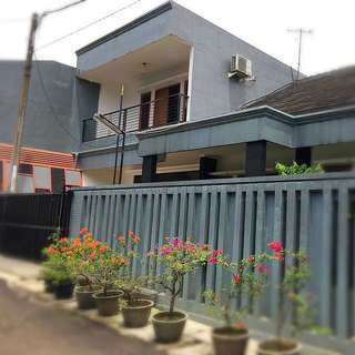 Rumah Tinggal Luas, Nyaman Dan Lokasi Dekat UI Dan Gunadarma