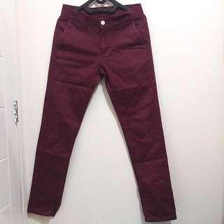 Celana Chino Tira Jeans Man Warna Merah Maroon Ukuran 30 (Slim Fit)