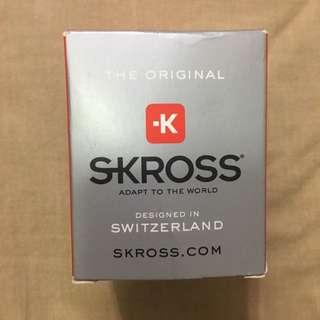 Skross 旅行用多功能轉換差頭!特價:800元