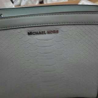 New And Original Michael Kors Shoulder Bag