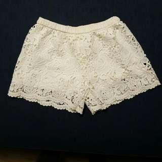白色雕花短褲#兩百元短褲