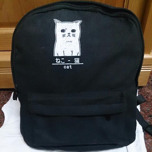 黑色貓咪後背包