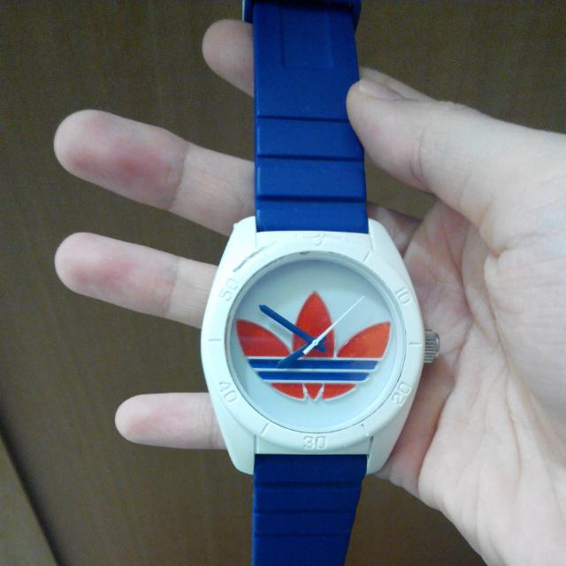 Adidas運動手錶-愛迪達運動手錶