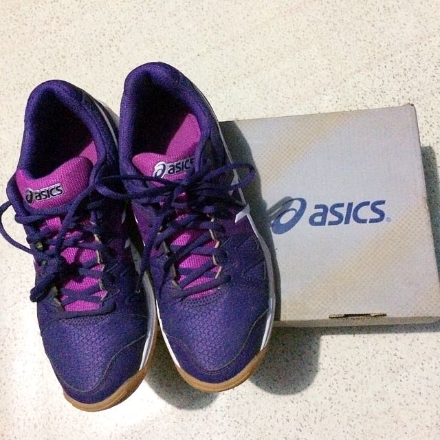 ASICS Gel-Upcourt Volleyball Shoes