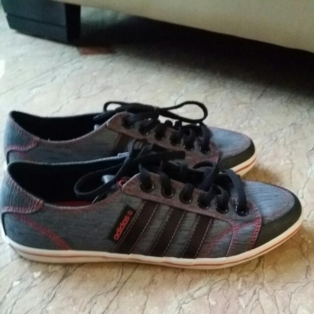 Authentic Adidas Ladies Canvas Shoes