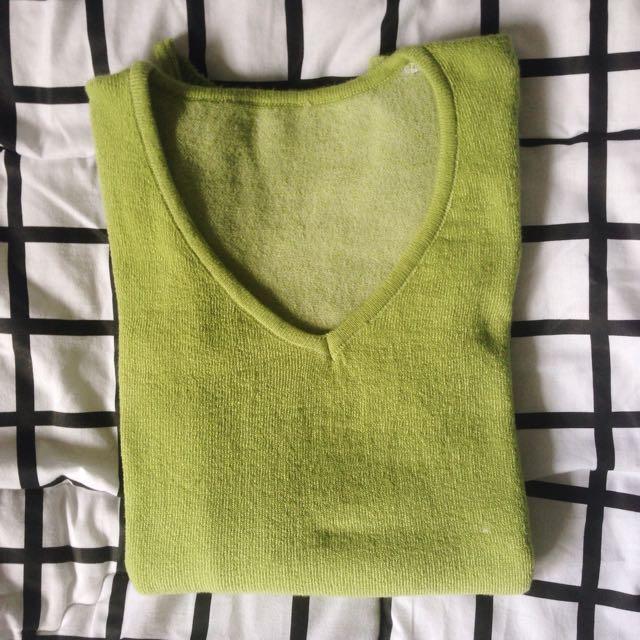 Avocado sweater