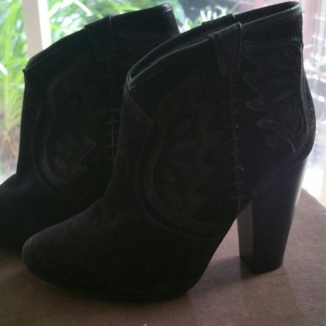 Black Ankle Cowboy Style Boot
