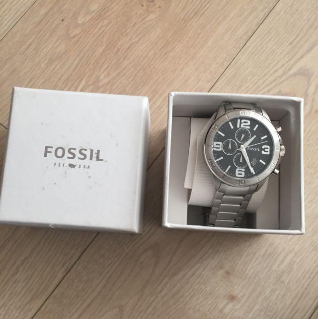 BNWT Men's Fossil Watch