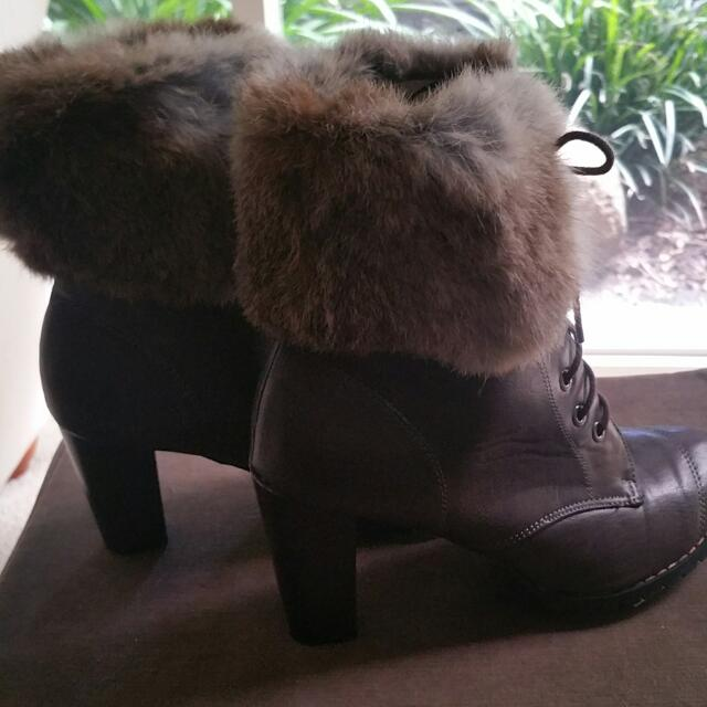 Brown Ankle Boot With Fur On Cuff