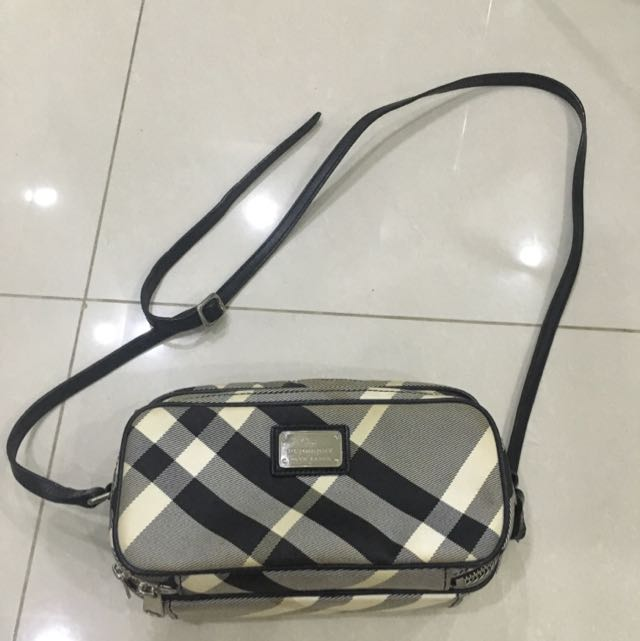 Burberry blue Label Sling Bag8 10 a60ee5645126b