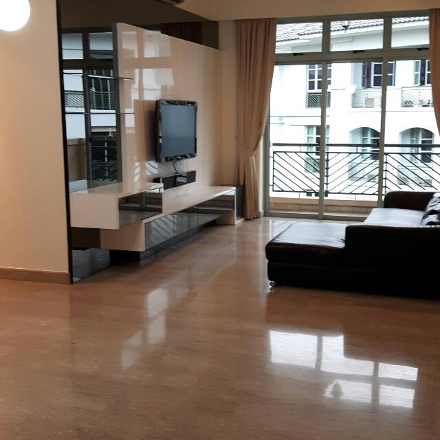 Clementi Condo For Rent!!! With Shuttle Bus To MRT new Reno