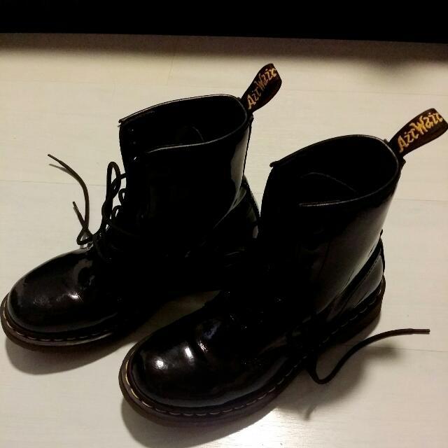 9026dec6836b Dr Martens Modern Classics 1460 Patent 8-Eye Boots, Women's Fashion ...