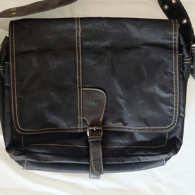 Esprit Black Bag -sling Bag