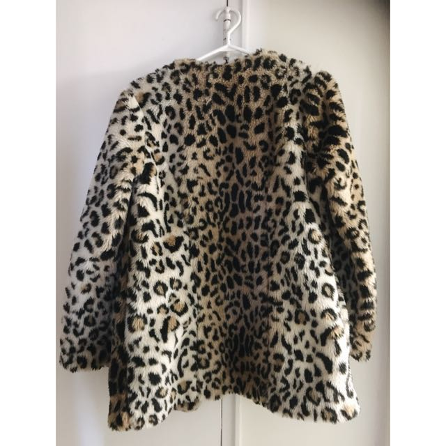 *PENDING* F21 Faux fur Jacket