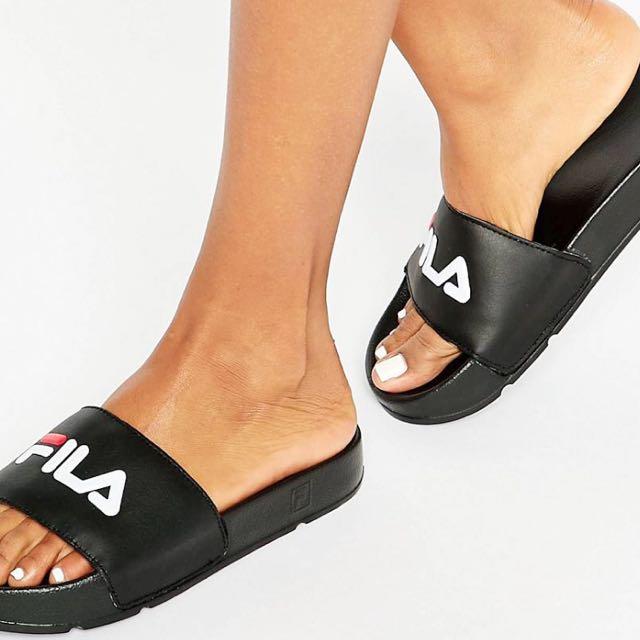 18b6d2fded55 Fila Drifter Logo Sliders  Slippers