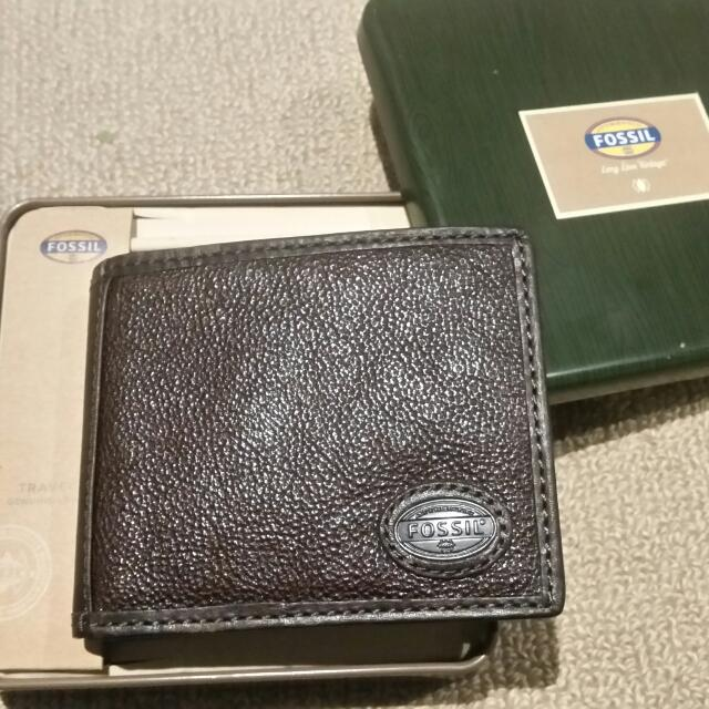 Fossil Brown Mens Wallet Brand New