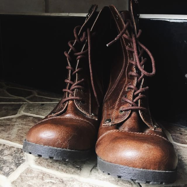 Repriced! Guess Boots ( G By Guess)