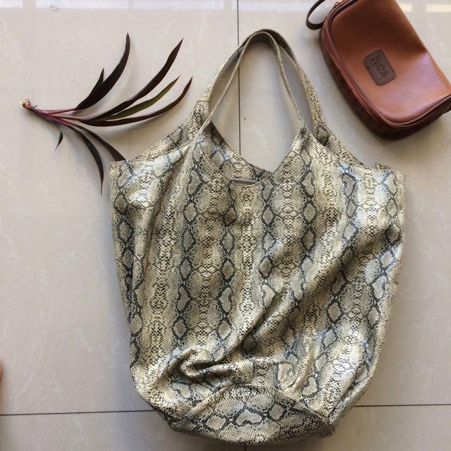 HER Snakeskin Ladies Bag