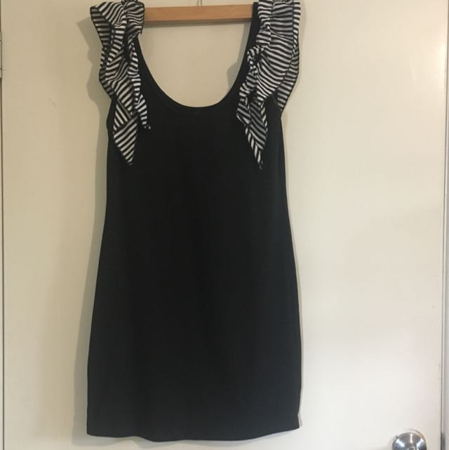 Ladies Small Black Dress With Ruffle Shoulders