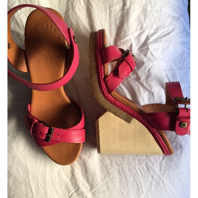 Marc by Marc Jacobs Pink Leather Structural Modern Wooden Wedge Heels 35.5 5.5