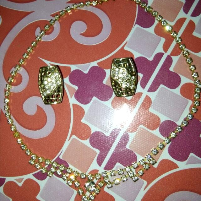NeckLace Earings
