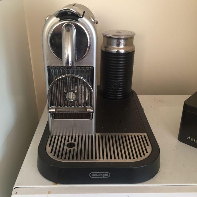 Nespresso Coffe Machine