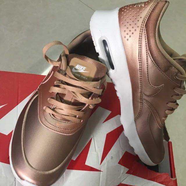 Nike Air Max Thea Collection SE