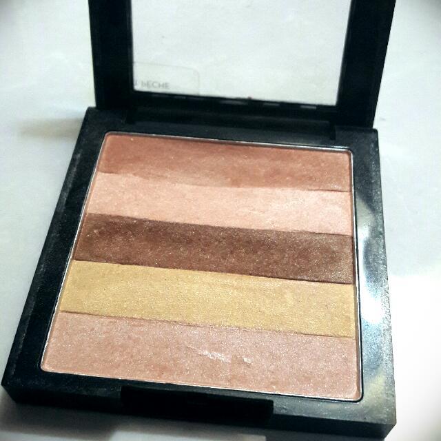 Revlon Highlighting Palette / Highlighter