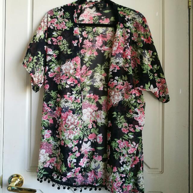 Size M Kimono
