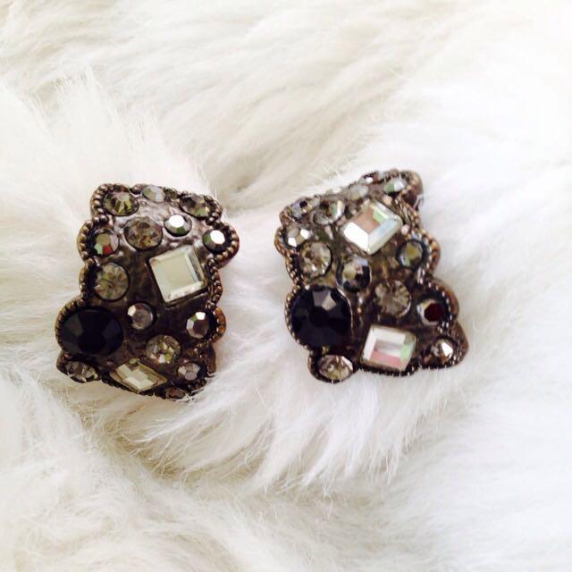 SM accessories earrings