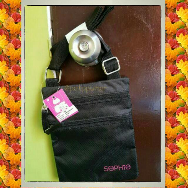 Sophie Paris simple black sling bag