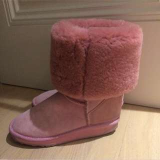 Brand new Baby Pink UGGS from The Brand EMU Australia