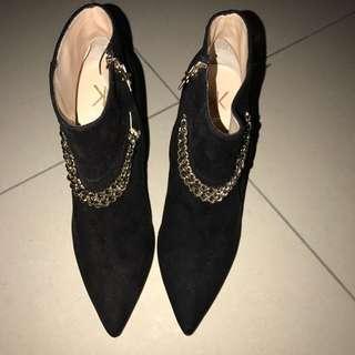 Kardashian Kollection Boots BNWOT
