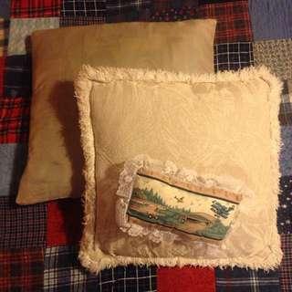 3 Decorative Pillows