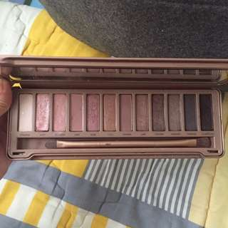 AUTHENTIC Naked 3 (RESERVED)