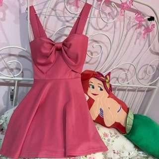 蝴蝶結洋裝