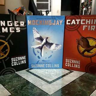 HUNGER GAMES TRILOGY (HARDBOUND)