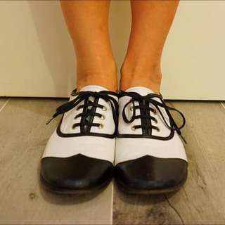 Leather Shoes Size 39
