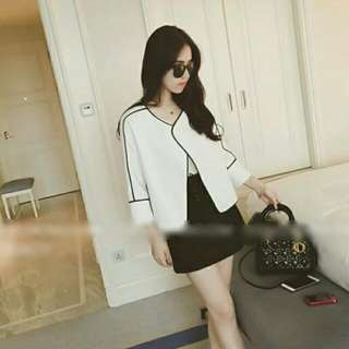 (In-stock) Black Striped White Jacket (S/M)