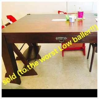 high quality and very heavy Teak dining table