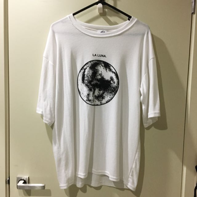 3/4 Sleeves White Moon Long Shirt