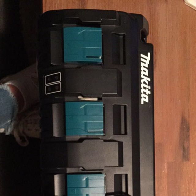 4 Port Makita Battery charger